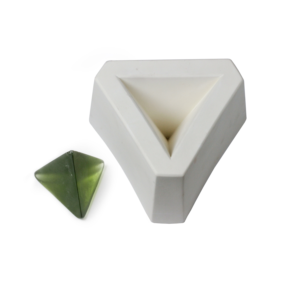 Pyramid 3-Sided - 15x11x8.5cm - Casting Mould